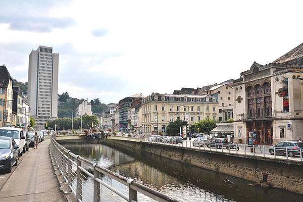 Corrèze. Rencontre surprise entre Hollande et le couple Chirac